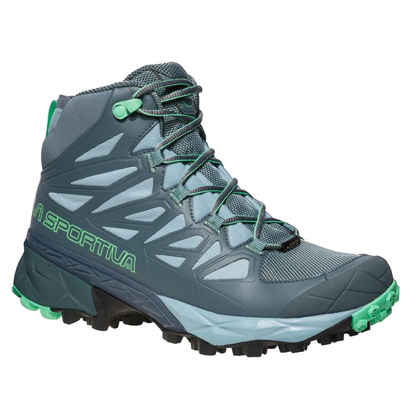 d34b5ebb1aa Ideální multi-sportovní dámská obuv od firmy La Sportiva pro pěší  turistiku